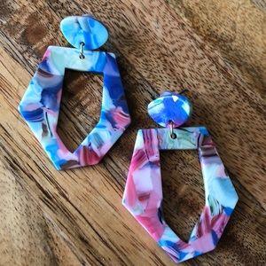 Resin geometric earrings - NEW